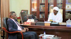 الإتفاق على تعزيز التعاون المشترك بين جامعة القرآن الكريم وتأصيل العلوم وبنك العمال الوطني بولاية الجزيرة.