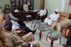 جامعة القرآن الكريم وتأصيل العلوم وصندوق رعاية الطلاب يجددان العزم على تعزيز العمل المشترك وتفعيل دور مجلس التنسيق بين الجانبين.