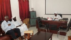 لجنة مسابقة حفظ القرآن الكريم برواية الإمام الدوري بكلية اللغة العربية تعقد اجتماعها الثاني